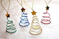 Adornos para árbol de navidad hechos con alambre | Manualidades