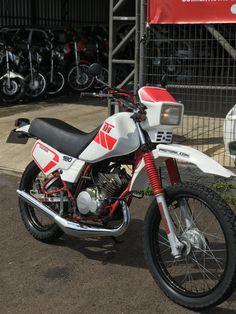 Dt Yamaha, Bandanas, Nissan, 4x4, Motorcycle, Bike, Vehicles, Abstract Art Tattoo, Old Motorcycles