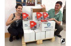 ¡Ya estamos recogiendo ARDE CUBA de la imprenta! Estamos muy contentos con el resultado final. Os va a encantar. http://www.grafitoeditorial.com/shop/arde-cuba/