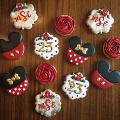 Mickey and Minnie Mouse Birthday Cookies … – Lace Wedding Cake Ideas 30 Birthday Cake, 23rd Birthday, Birthday Cookies, Birthday Celebration, Birthday Greetings, Funny Birthday, Birthday Wishes, Happy Birthday, Minnie Mouse Cookies