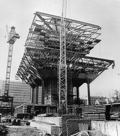 Štefan Svetko, Štefan Ďurkovič i Barnabaš Kissling - Slovenský Rozhlas (1975) Bratislava, Under Construction, Brooklyn Bridge, Arch, Tower, Crane, Building, Detail, Construction