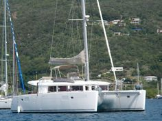 LAGOON 450 (YM 2011)