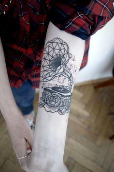 tatouage constellation balance tatouages tattoo. Black Bedroom Furniture Sets. Home Design Ideas