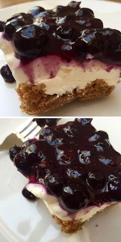 Amerikanischer Cheesecake mit Blaubeeren Topping Rezept mit deutschen Zutaten #Blueberrycheesecake #Blaubeerentopping #blueberry #cheesecake #backen #kochen #lecker #smxy.de #food #selfmade #recipes #Rezept