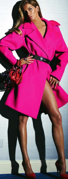 this is spectacular, both the coat and the pair of legs - I could wear that just like that.