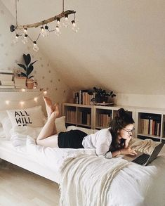 small bedroom ideas to make your home look bigger 00043 Room Ideas Bedroom, Girls Bedroom, Bedroom Decor, Bedrooms, Modern Bedroom, Diy Teen Room Decor, Extra Bedroom, Contemporary Bedroom, Dream Rooms