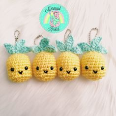 Summer Pineapple Keychain Pineapple Crochet Keychain – Mermaid Hooked on Etsy Crochet Kawaii, Crochet Food, Crochet Gifts, Cute Crochet, Crochet Dolls, Yarn Projects, Knitting Projects, Crochet Projects, Amigurumi Patterns