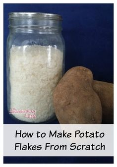 Making homemade potato flakes at home is a great way to save money. This can easily be done if you want to make tasty dehydrated potato flakes from scratch. Easy Mashed Potatoes, Instant Potatoes, Dehydrated Vegetables, Dehydrated Food, Dehydrate Potatoes, Canning Potatoes, How To Store Potatoes, Storing Potatoes, Survival Food