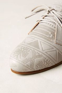 Latigo Junebug Oxfords - anthropologie.com #anthrofave