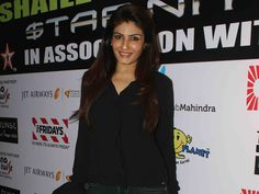 Raveena Tandon's Chic Style http://movies.ndtv.com/photos/raveena-tandons-chic-style-18529