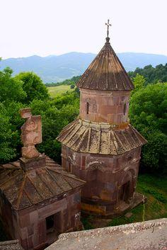 Makaravank Monastery, Tavush, Armenia - Provincia de Tavush es una de las provincias de Armenia. Está en el noreste del país, fronterizo con Georgia y Azerbaiyán. La capital es Ijevan.