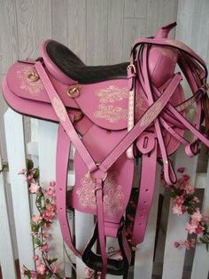 Pink saddle, bridle, reigns & martingale (to go with the pink cowgirl hat of course) // A pink saddle etc. to match the pink horse called Sunshine in my other pin. Pretty In Pink, Pretty Green, I Believe In Pink, Fuchsia, Purple, Pink Images, Little Presents, Cowgirl Hats, Cowgirl Costume