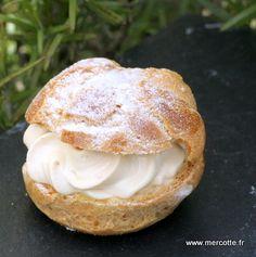 Lors du récent Paris de Chefs , sur le stand KitchenAid, le jeune pâtissier virtuose de St Malo Damien Pichon a utilisé une technique différente -en tout cas pour moi- pour cuire la pâte à choux,…