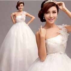 2015 luxury sexy wedding dress ttrapless bandage lace feel the fabric small put tail Wedding dresses 2822 LSR-in Wedding Dresses from Apparel & Accessories on Aliexpress.com   Alibaba Group