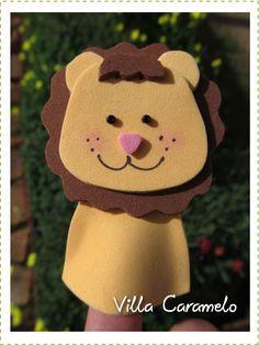 Hola!!! He estado trabajando en este proyecto y otros mas relacionados con la goma eva que tanto les gusta.   Mi idea es hacer un tutorial ... Puppet Show, Finger Puppets, Animal Crafts, Charlie Brown, Handicraft, Activities For Kids, Musicals, Crochet Hats, Teddy Bear