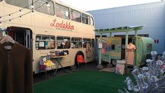 Lodeka & Wonderlust vintage shopping in campers and double decker bus