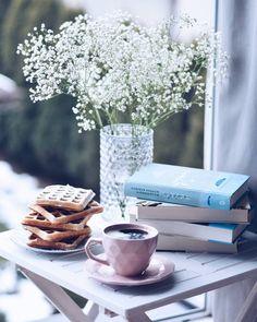 """ . . .…"" caffè in primavera"