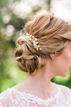 Set of 2 Gold leaf hair pin pearl hair pin di ABitofLoveWedding