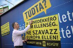 Az Együtt leragasztja a kormány migránsellenes plakátjait Hungary, Neon