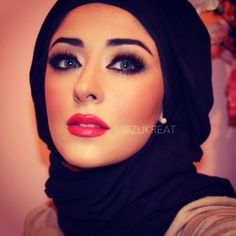 Zukreat, the very talented makeup artist from UK. Glam Makeup, Love Makeup, Beauty Makeup, Hair Beauty, Makeup Looks 2015, Middle Eastern Makeup, Hijab Style, Abaya Style, Gorgeous Eyes