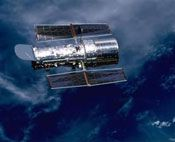 Hubble sees the universe with incredible clarity. It is designed to see the heavens 10 times more clearly than any telescope on Earth and is able to see objects one-billionth as bright as the human eye.    #Science #Telescope #Space     http://www.uhaul.com/SuperGraphics/63/1/Venture-Across-America-and-Canada-Modern/Maryland/Hubble