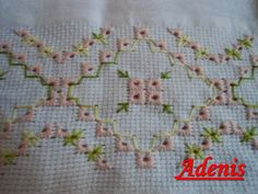 This Pin was discovered by Mar Drawn Thread, Thread Work, Ribbon Embroidery, Embroidery Stitches, Bordado Tipo Chicken Scratch, Decorative Towels, Needlepoint Stitches, Bargello, Crafts To Make