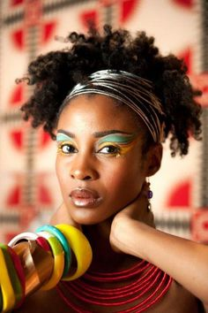 Black Women Natural Hair, love her look with hairband