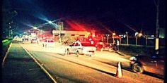 Pedestre é atropelado por moto e carros na BR-135, em Montes Claros