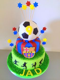 Barca football cake - Cake by Sugar&Spice by NA Christmas Birthday Cake, Soccer Birthday Cakes, Football Birthday, Soccer Cakes, Football Cakes, Theme Sport, Soccer Theme, Barcelona Cake, Sports Themed Cakes