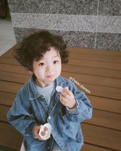 """🌸 홍은우 🌸 Aiden Eunwoo Hong 🌸 on Instagram: """"💜"""" Cute Kids, Cute Babies, Ulzzang Kids, Asian Kids, Cute Baby Pictures, Say Hi, Future Baby, Baby Toys, My Boys"""