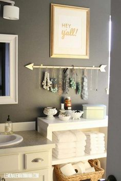 50 Simple DIY Apartment Decoration On A Budget. Whether this is your very first apartment or you've been living in them all your life, you want the décor to be a reflection of you. Diy Bathroom Decor, Bath Decor, Bathroom Organization, Bathroom Storage, Home Decor Bedroom, Small Bathroom, Bathroom Hacks, Peach Bathroom, Diy Bedroom