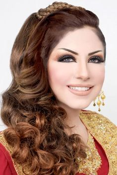 Round rheltamioz wedding arabic hairstyles for weddings for arabic wedding hairstyles mehndi bridal makeup hair arabic asian indian stani gold smokey eye ...