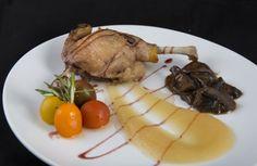 Confit de pato Pork, Meat, Duck Confit, Dishes, Cooking, Restaurants, Kale Stir Fry, Pigs