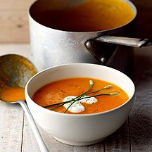 This is another Weight Watchers soup recipe.  I don't use milk or cheese, just the butternut squash, red pepper and a touch of chilli, it is then a 0 pro point soup