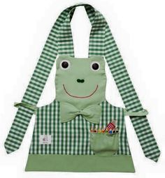 Once in awhile, you have to kiss a frog Vintage Apron Pattern, Aprons Vintage, Sewing Aprons, Sewing Clothes, Sewing Hacks, Sewing Crafts, Jean Apron, Childrens Aprons, Apron Designs