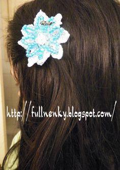 Un nuevo accesorio para el cabello,... tambien se podría usar como broche.