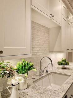 150 gorgeous farmhouse kitchen cabinets makeover ideas (29)