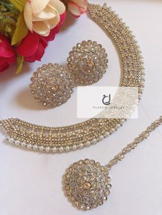 """""""CLASSIC JEWELRY"""" presenting exquisite traditional & fashion jewelry special in gold plated. Wedding Jewellery Designs, Wedding Jewellery Inspiration, Antique Jewellery Designs, Fancy Jewellery, Indian Bridal Jewelry Sets, Indian Jewelry Earrings, Bridal Party Jewelry, Jewelry Design Earrings, Jewerly"""