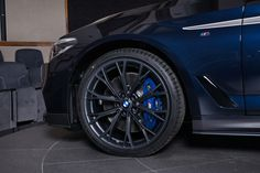bmw-540i-with-m-performance-carbon-kit-sports-carbon-black-paint_18.jpg 1400×933 pikseli