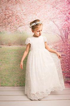 Kommunion Kleid Blumenmädchen Kleid erstes Kommunion Kleid Brautjungfern Kleid Hochzeitskleid Hochzeit Mädchen Kleid Spitzenkleid Handmade in Europa