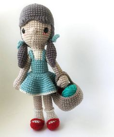 This is a PDF CROCHET PATTERN, NOT THE FINISHED DOLL.  DOROTHY is an original amigurumi pattern, meant as a tribute to THE WIZARD OF OZ character, so you can crochet your own doll. The patterns is suitable for both beginners and more experienced crafters. Required skills for this pattern: magic loop, crocheting in spiral, color changing, increase, decrease and the basic crochet stitches, single crochet and double crochet. If you have any quiestion about the pattern, feel free to contact, me…