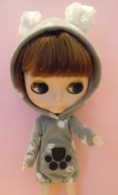 Blythe-Doll-Outfit-Animal-Foot-Pattern-with-Hat-Long-Sleeve-Tee