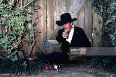 LOS ANGELES - CIRCA Actor James Drury poses for a portrait holding a gun and wearing a cowboy hat for a portrait session in circa 1980 in Los Angeles, California. (Photo by Donaldson Collection/Michael Ochs Archives/Getty Images) Best Barbecue Sauce, James Drury, Actor James, The Virginian, Special People, Beautiful Men, Cowboy Hats, Poses, Actors