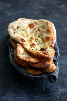 This vegan homemade restaurant style naan is easy to make. The flatbread comes o… This vegan homemade restaurant style naan is easy to make. The flatbread comes out soft and bubbly and is perfect for scooping up delicious Indian curry! Indian Food Recipes, Whole Food Recipes, Vegetarian Recipes, Cooking Recipes, Healthy Recipes, Vegan Indian Food, Indian Curry Vegetarian, Indian Snacks, Indian Appetizers