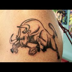 brahma bull tattoo designs | ... men traditional bull tattoo bull drawing brahma…