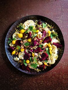 This delicious winter-produce inspired Cauliflower Salad with Sweet & Sour Beetroots Recipe is so easy to whip up for lunch or dinner. Packed full of healthy grains, seeds and veggies it's the perfect meat-free Monday meal. Corn Salad Recipes, Corn Salads, Healthy Grains, Cauliflower Salad, Winter Salad, Meatless Monday, Beetroot, Healthy Recipes, Healthy Food
