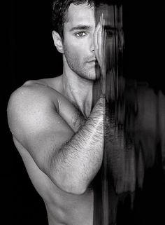 """50 Shades of Grey Movie Cast: Henry Cavill as Christian Grey Almost a Reality"" @ amanda marie....hoooooottttt"