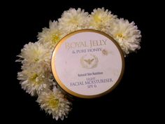 #marksspencer #royaljelly #honey #facial #moisturizer #review #price and details on the blog