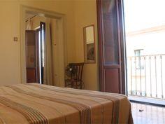 Camera matrimoniale con balconcino