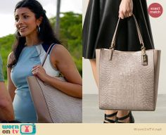 Divya's beige textured tote on Royal Pains.  Outfit Details: http://wornontv.net/34097/ #RoyalPains